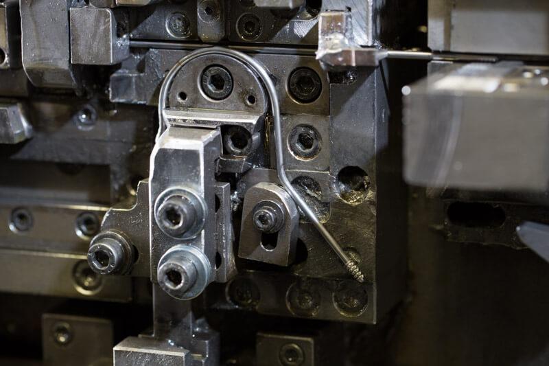 piegatura filo e nastro metallico