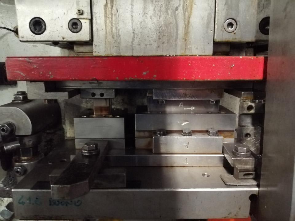 stampaggio nastro metallico